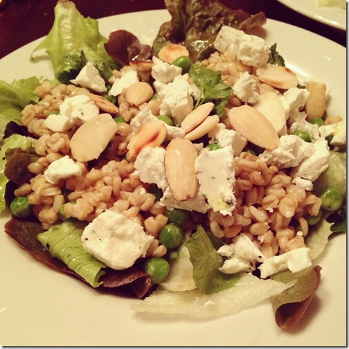 goat cheese and oats salad with peas, almonds and lettuce